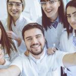 Studio odontoiatrico, le tendenze 2019: come comunicare